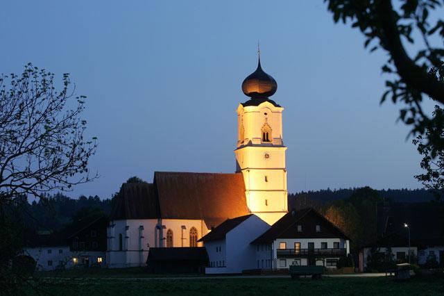 Bad Griesbach bei Nacht